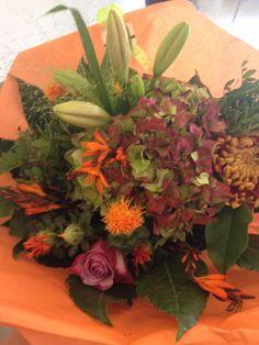 Prachtige bos bloemen gekregen na afloop van een workshop die ik vandaag aan een fijne groep freelance trainers van een trainingsbureau gaf.