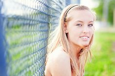 senior pictures... love the color in this shot