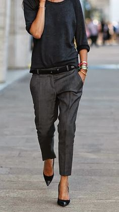 #styletip: let your loose-cut trousers graze your ankles and pair with pointy toe heels for a slimming effect.