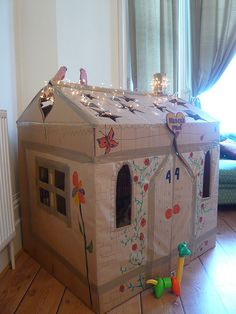Imagine spending the night in a cardboard cottage?! What a great idea for a sponsored sleepover for Den Day! http://denday.savethechildren.org.uk/