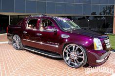 2007 Cadillac Escalade EXT Front Fascia Photo 2
