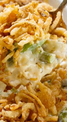 Asparagus Casserole Creamy and rich. In addition to fresh asparagus this casserole has mushrooms onion sour cream mayonnaise and two kinds of cheese - Delicious Side Dish Recipes, Vegetable Recipes, Vegetarian Recipes, Cooking Recipes, Healthy Recipes, Veggie Food, Pork Recipes, Yummy Recipes, Cooking Tips