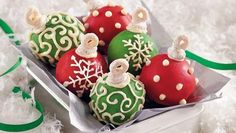 This Christmas add these cake ball ornaments to your dessert table! These treats feature Cheerios® cereal, Betty Crocker® SuperMoist® cake mix and frosting. Christmas Cake Pops, Christmas Sweets, Christmas Goodies, Christmas Baking, Christmas Fun, Christmas Ornaments, Rice Krispies, Krispie Treats, German Chocolate Cake Mix
