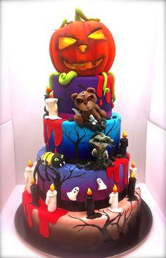 revenge of the stuffed animals cake Dessert Halloween, Halloween Cakes, Halloween Treats, Halloween Party, Halloween Weddings, Happy Halloween, Beautiful Cakes, Amazing Cakes, Cool Cake Designs