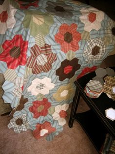 Hexagon Flower Quilt - I will do at some point