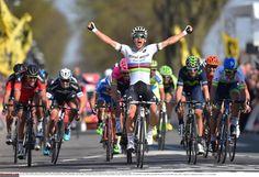 Michał Kwiatkowski wins the Amstel Gold Race