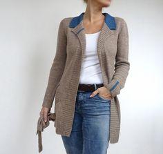 I modelli a maglia di von Hinterm Stein: capi rigorosi che nascondono dettagli a…