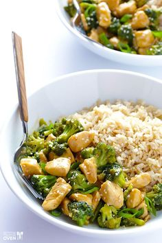 49. 12-Minute Chicken and Broccoli #healthy #quick #recipes http://greatist.com/health/52-healthy-meals-12-minutes-or-less