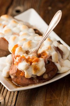 Copycat Texas Roadhouse Sweet Potato Recipe Loaded Sweet Potato, Sweet Potato Recipes, Restaurant Dishes, Restaurant Recipes, Texas Roadhouse Sweet Potato Recipe, Side Dishes Easy, Side Dish Recipes, Easy Recipes, Delicious Recipes