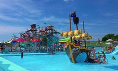 Jolly Roger Splash Mountain Water Park: Reviews from families visiting Jolly Roger Splash Mountain Water Park. Ive taken my five and six year old to Great Wolf Lodge, Chesapeake Beach Waterpark, and several hotels with water slides - but weve never been to anything like Splash Mountain Water Park at Jolly Roger before. I thought my kids would get tired and want to stop by early afternoon, but I had to pull them away from the slides after over five hours at the park. YOUNG CHILDREN (Ages…