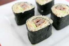 Quinoa Sushi - perfect for lunch boxes! Tapas Recipes, Lunch Box Recipes, Baby Food Recipes, Snack Recipes, Lunchbox Ideas, Asian Recipes, Savory Snacks, Yummy Snacks, Kid Snacks