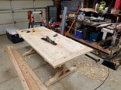 """""""Can you build me one of those rustic tables on Pinterest with all the cracks and boards?"""" Sure thing my love... http://ift.tt/2DDhvid"""