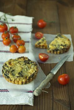I love quinoa and I love kale and quiche. Why not try them together? Recipe for Quinoa + Kale Quiche