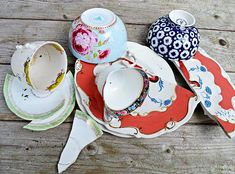 If you have accidently broken one of your favorite bowls and plates, don't freak out!  Keep all the pieces in a box until you have enough to make one of these g…