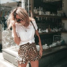 cheetah ruffle skirt - casual fall outfit winter outfit style outfit inspiration millennial fashion street style boho vintage grunge casual indie urban hipster minimalist dresses tops blouses pants jeans denim jewelry accessories - April 20 2019 at Style Outfits, Casual Fall Outfits, Mode Outfits, Spring Outfits, Fashion Outfits, Womens Fashion, Summer Outfit, Casual Winter, Skirt Outfits
