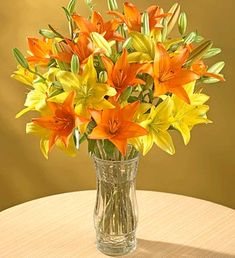 laranja+amarelo+branco+decora%C3%A7%C3%A3o+do+casamento+Yellow+Orange+White+wedding+%281%29.gif (345×378)