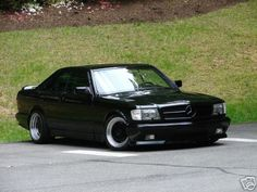 Mercedes 560 SEC AMG....another awesome machine from the 80's and Miami Vice....another one I'd love in my garage.....