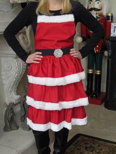 Make this gorgeous Mrs. Claus ruffled apron.