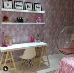 Home office rosa claro decoração