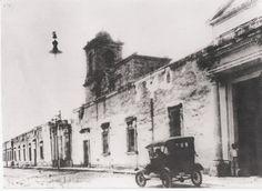 """Parte externa del Antiguo Hospital Civil de Guadalajara """"Fray Antonio Alcalde""""."""