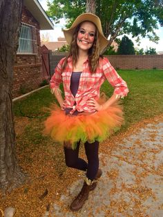 Women's fun scarecrow costume. Tutu, orange, cute                                                                                                                                                                                 Mais