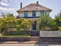 1923 - Seaside, OR - $300,000 - Old House Dreams