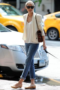 Olivia Palermo wearing Andrea Carrano flats Paige Denim Lydia Skinny Jeans in Riley with Knee Slash Mulberry Lily boucle tweed shoulder bag Rebecca Minkoff Becky Silk jacket in Calico  New York City June 9 2013