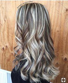 Heavy Blonde Highlights, Hair Color Highlights, Blonde Hair Looks, Brown Blonde Hair, Grey Hair, Cute Hair Colors, Love Hair, Balayage Hair, Hair Hacks