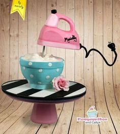 Gravity Batteur Cake by Marielly Parra (Baking Cookies Bowls) Anti Gravity Cake, Gravity Defying Cake, Crazy Cakes, Fancy Cakes, Pretty Cakes, Cute Cakes, Fondant Cakes, Cupcake Cakes, 3d Cakes