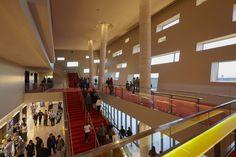 Galeria de Centro de Artes Performativas Wagner Noël / Bora Architects + Rhotenberry Wellen Architects - 13