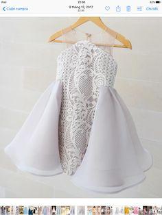 Moda infantil baby dresses 16 new ideas Baby Girl Party Dresses, Little Dresses, Little Girl Dresses, Girls Dresses, Flower Girl Dresses, Baby Girl Fashion, Kids Fashion, Dress Anak, Kids Gown