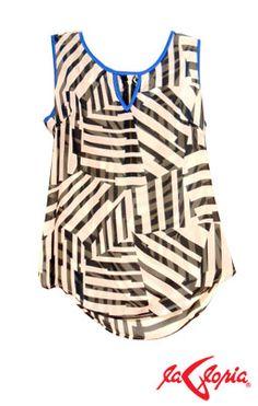 Las Blusas de seda son glamorosas y bonitas. Consejo: Para deshacerte de pliegues o arrugas, coloca un trozo de tela sobre ella y planchala.
