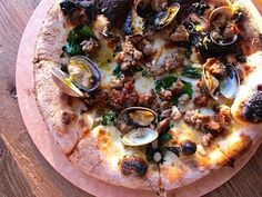Pizza w/sausage and clams at A16 Rockridge in Oakland
