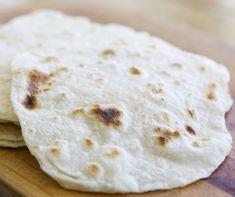Tortilla lap házilag Recept képpel - Mindmegette.hu - Receptek Quesadilla, Lunch, Bread, Food, Quesadillas, Eat Lunch, Brot, Essen, Baking