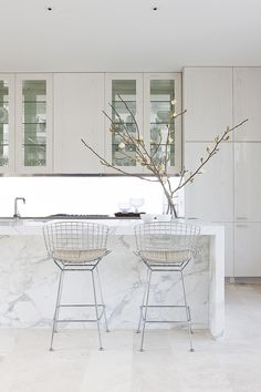 [ Top Kitchen Design Trends For And Beyond Marble Island White Everyday Enchanting ] - Best Free Home Design Idea & Inspiration Kitchen Counter Design, Modern Kitchen Design, Kitchen Decor, Kitchen Ideas, Modern Design, Interior Desing, Interior Design Kitchen, Interior Inspiration, Bathroom Inspiration