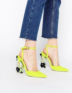 Imagen 1 de Zapatos de tacón alto con puntera en punta PERFORMER de ASOS