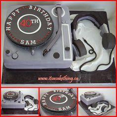 DJ Turntable & Headphones - by itsacakething @ CakesDecor.com - cake decorating website