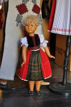 #tradition #costumes #CreativeEastSlovakia #Prešov #Elmira #Slovakia #Art #Craft Harajuku, Costumes, Traditional, Creative, Crafts, Art, Style, Fashion, Art Background