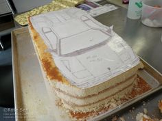 I had the awesome opportunity to see & create a Lamborghini Diablo car cake: I can't get over how special the Diablo is! A few things I learned about the impressive Lamborghini … Lamborghini Diablo, Lamborghini Cake, Fondant Flower Cake, Fondant Cakes, Cupcake Cakes, Car Cakes, Fondant Bow, Fondant Figures, Beyblade Cake
