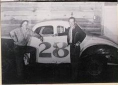 During the early years Dusty Marks was the motor man. Bud Graham was the wheel man. A very competitive team.