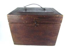 Antique wood boxOak wood box industrial box by KarensChicNShabby, $98.00