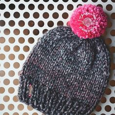 The Basic Beanie. Both pattern & beanie available in shop. Don't forget to tag @handmadebyphanessa so I can see all your wonderful creations! . . #knittersofinstagram #knits #designsbyphanessa #yarn #crochet #knitting #knitter #knitters #vkdtbo #makersgonnamake #diy #fiberartist
