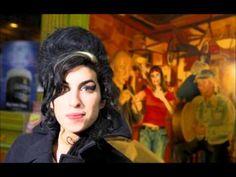 ♥ Amy Winehouse - [ rare ] photo tribute & Grammys live audio ♫ - R. Amy Winehouse, Bad Photos, Rare Images, Music People, Female Singers, Her Music, Dreadlocks, Celebs, Photoshoot