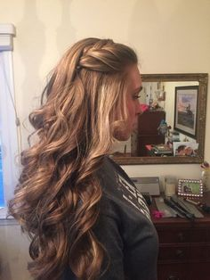 Loose curls with a braid by me homecoming hairstyles Princess Crown Braid: One Of The Best Updated Version For Teenage Girl's Back To School Hairstyle. Elegant Hairstyles, Afro Hairstyles, Loose Curls Hairstyles, Children Hairstyles, Formal Hairstyles For Long Hair, Brunette Hairstyles, Long Haircuts, Hairstyles Videos, Medium Hairstyles