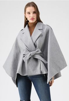 Knit Your Love – Strickjacke in Fliederfarben - Retro, Indie and Unique Fashion Hijab Fashion, Fashion Outfits, Womens Fashion, Fashion Trends, Unique Fashion, Techniques Couture, Cape Coat, Indie, Blazer