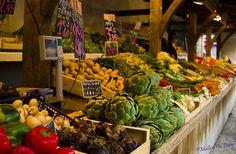 Market stalls at La Flotte, I'le de Re