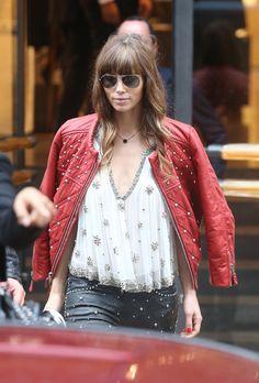 Jessica Biel en total look rock Isabel Marant