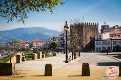 Ponte de Lima est une ville portugaise non loin de Porto. Ville romantique, elle est parfait pour un petit week end en amoureux au Portugal