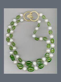 N-3642-Freshwater-Pearls-and-Peridot-smooth-nuggets-with-Ridged-Angela-clasp-in-18K-yellow-Gold