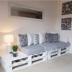 51 Cheap DIY Pallet Ideas for Small Homes - # DIY Furniture, # DIY Furniture Ideas . - 51 cheap DIY pallet ideas for small home – # diy furniture, # slide furniture # - Diy Pallet Furniture, Diy Pallet Projects, Furniture Ideas, Antique Furniture, Cheap Furniture, Rustic Furniture, Diy Pallet Couch, Palette Furniture, Pallet Ideas For Home